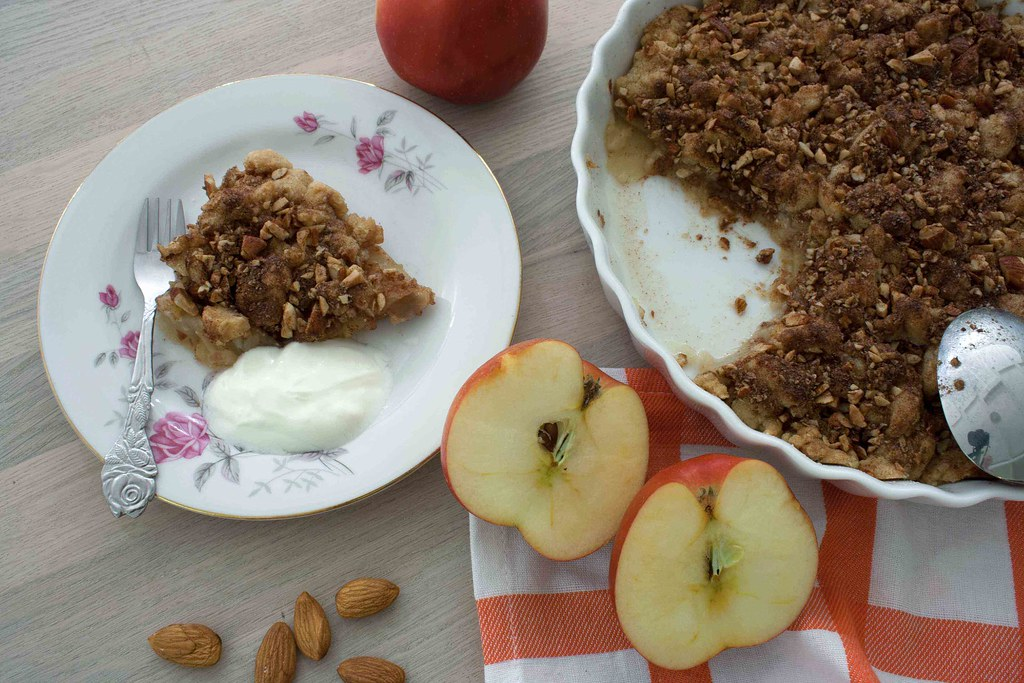 Recipe for super easy Cinnamon Crumble Apple Pie-2