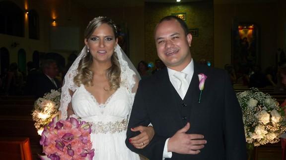 -Os noivos Olívia Pinheiro e Leonardo Berretta Moreira Alves