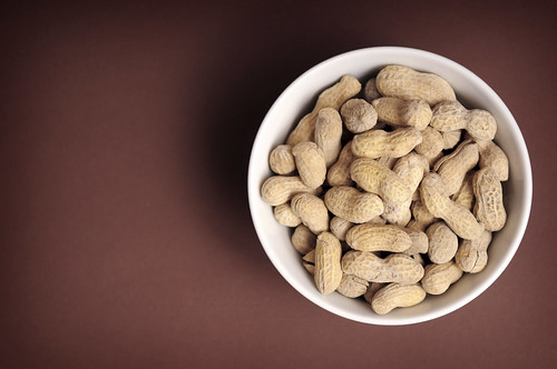 A bowl of peanuts