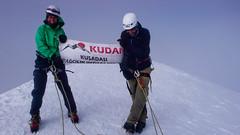Szczyt Kazbek 5043m. Wspinacze z Turcji.