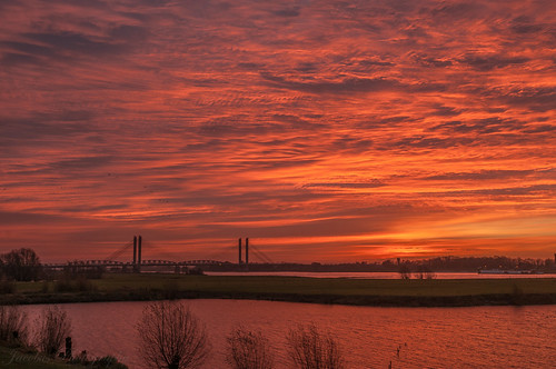 storm st sunrise flood nicholas nijhoffbrug