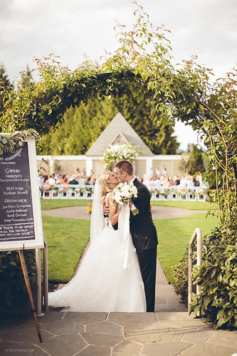 Ally & John | Oregon Golf Club Wedding
