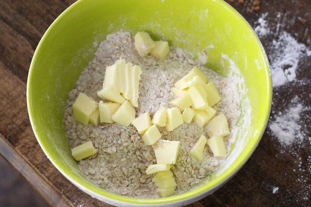 individual-mini-mason-jar-apple-crisps