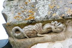 CRECY-EN-PONTHIEU : Eglise Saint-Séverin (dragon)