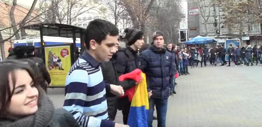 Hora_Unirii_Chisinau_Liceul_Gheorghe_Asachi_1_Decembrie_2016 (17)