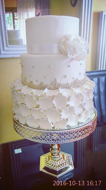 Cake by Cozsy cakes