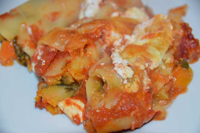 cannelloni ready to eat served on a plate