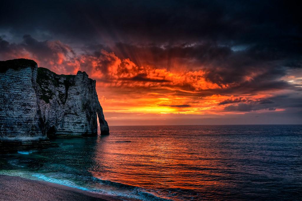 10 plus beaux couchers de soleil - Lever et coucher du soleil est ouest ...
