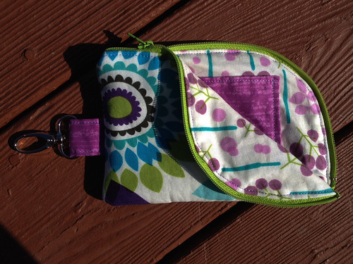 2 Sided Zip Pouch 2