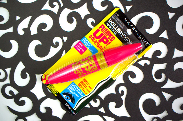 Maybelline Volum' Express Colossal Pumped Up