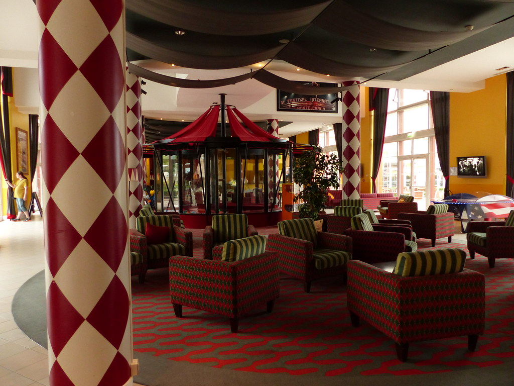 (Partenaire)HOTEL MAGIC CIRCUS - Page 3 14697462983_f21c196dc7_b