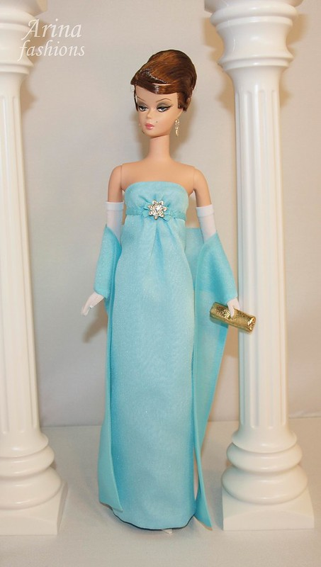 Jacqueline kennedy azure blue evening gown arina for Cocktail jacqueline