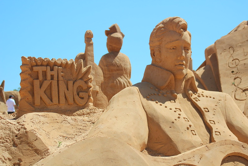 Elvis presley sand sculpture