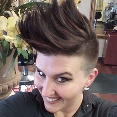 What do you guys think about my new cut??? Thanks Marco!!!! #Mohawk #stylist #hair #hairnerd #makeup #mua #Paulmitchellsouth #Paulmitchell #Paulmitchelllatinamerica #cut #color #idomakeup #idohair #ilovemyjob come see me!!!! #marcostudiosalonandspa