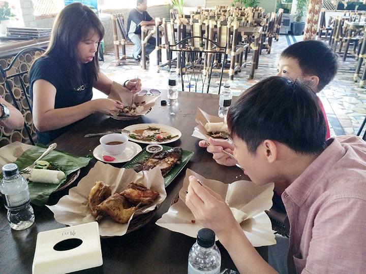 lunch batam indonesia