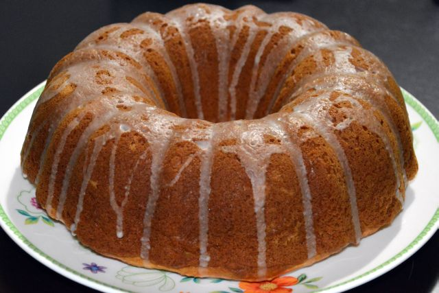 Maple pecan bundt cake
