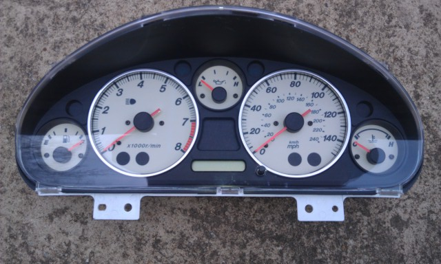 MM 00 EVO Instrument Cluster 1