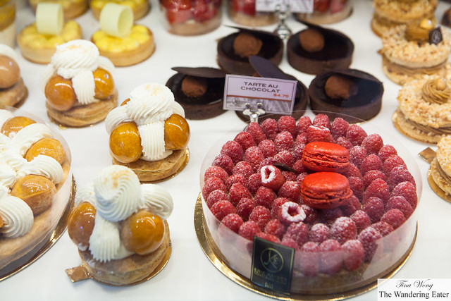 St. Honore cakes, Chocolate tart and large raspberry tart