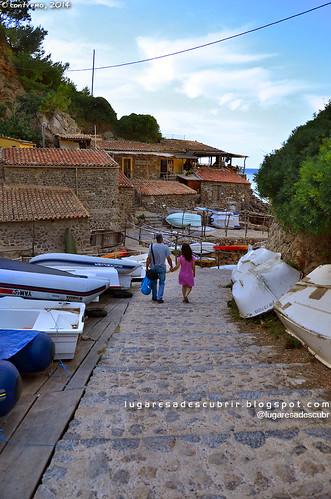 Bajando a Cala Deià (Mallorca, España)