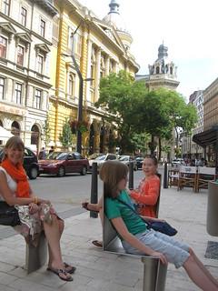 2014-03-budapest-042-street seats
