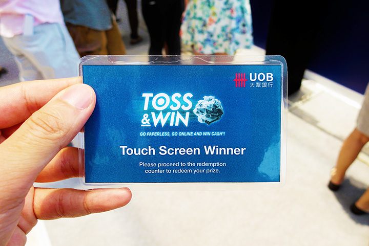 TOSS & WIN CARD