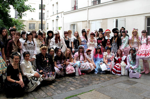 Following Alice Group Picture