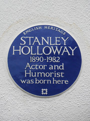 Photo of Stanley Holloway blue plaque