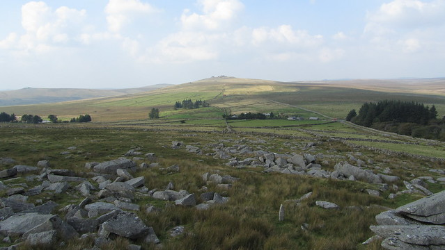 Rundlestone Tor: View of Little Mis and Great Mis Tors