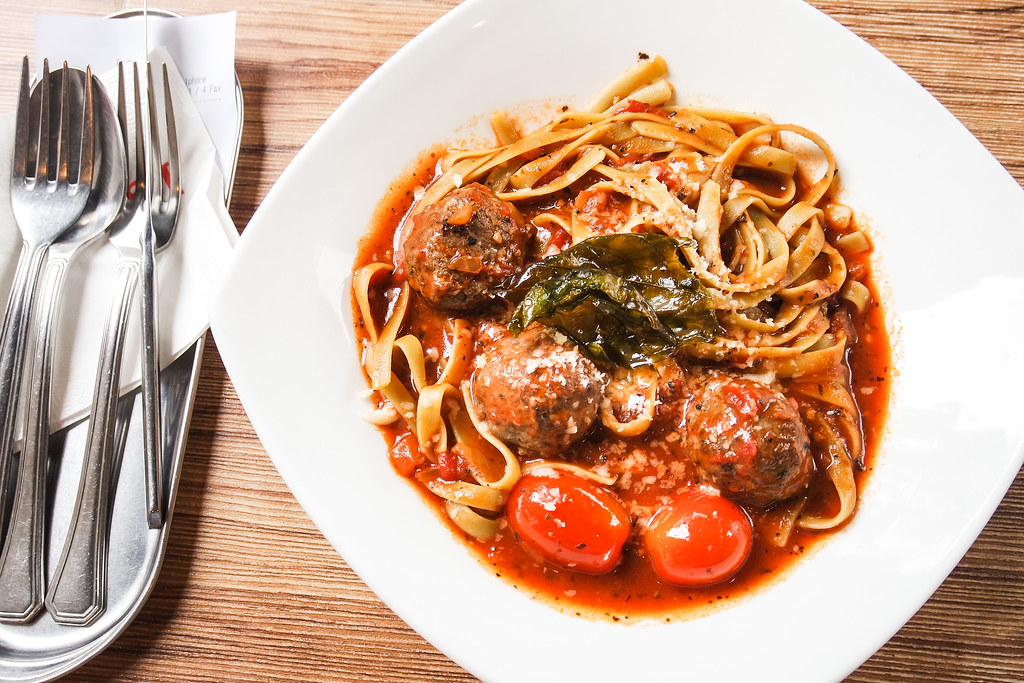 I Am Cafe's Homemade Beef Meatballs Pasta