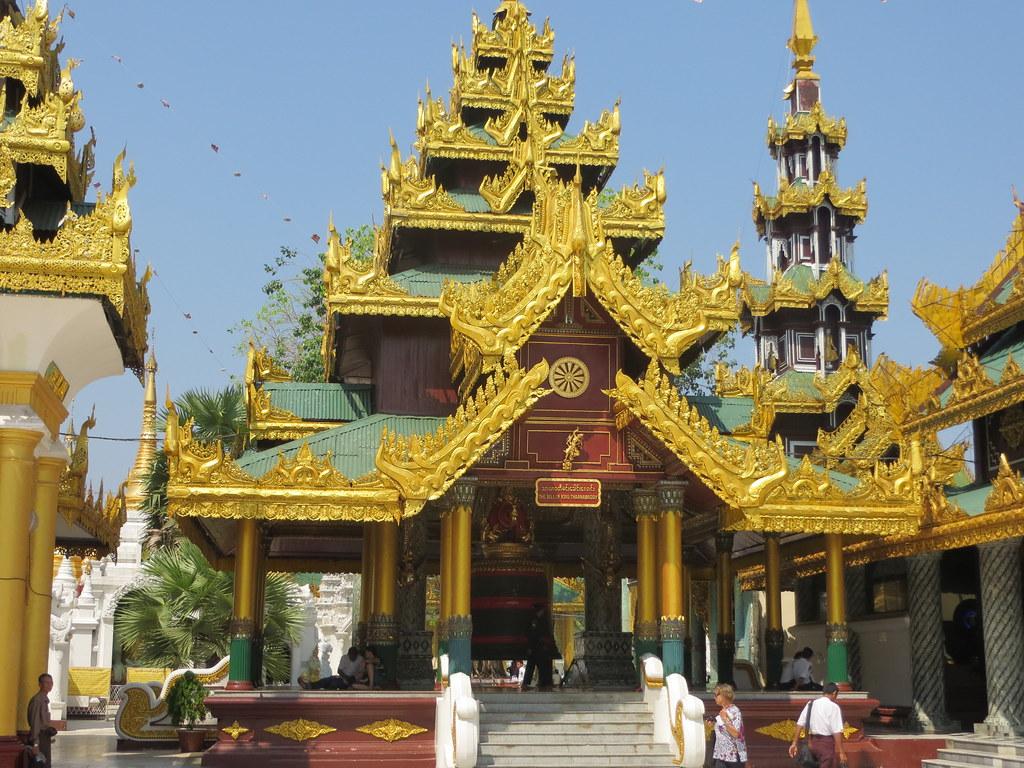 Bangkok ja Yangon 575