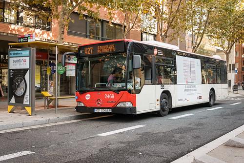 Autobús de la nova línia V27. Barcelona. Spain