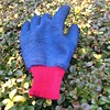 #OneLostGlove gLove Me Do