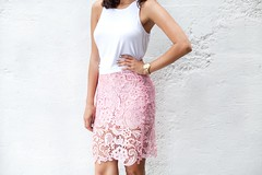 pattern, day dress, neck, textile, clothing, abdomen, photo shoot, pink,
