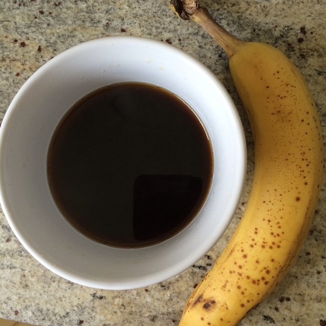 Day 29, #whole30 - breakfast (banana & black coffee)