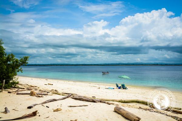 Isla Iguana Beach