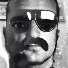 My name is Giovani Giorgio, but everybody calls me Jaime.  #selfportrait for @portalvirgula  #selfieking @giorgiomoroder