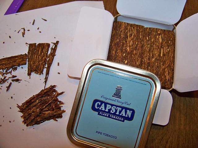 Capstan Flake (blue tin) - Christian Pipe Smokers