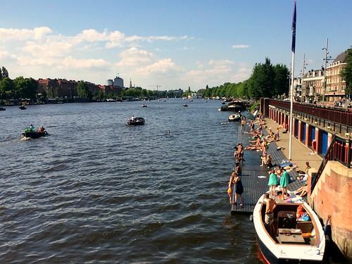 nadando_amstel