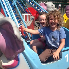 #elephant #ride is #awesome. As are those #curls. #lakecompounce