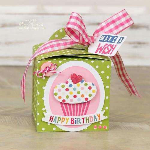 corri_garza_cupcake_box