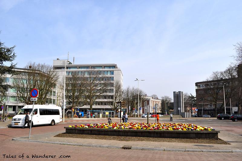 DEN HAAG - Carnegieplein