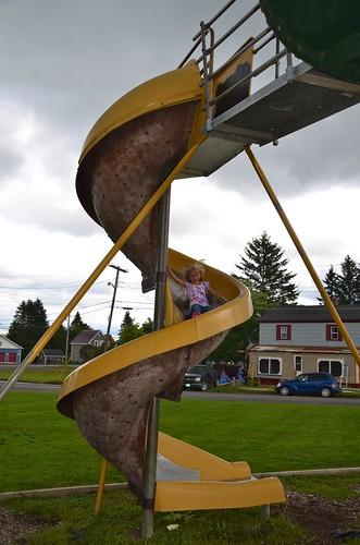 playground spiral maine violet slide vanburen 2014 afsdxvrzoomnikkor18105mmf3556ged justviolet august2014