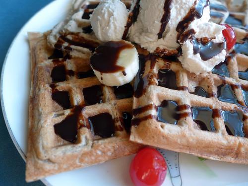 Waffle Wednesday - Banana Split Waffle Sundaes (0003)