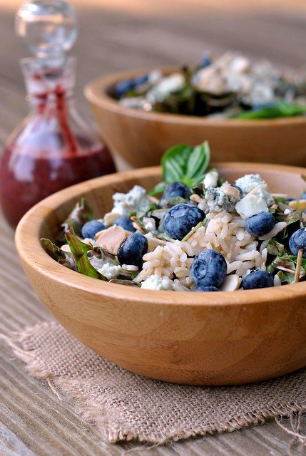 Blueberry Arugula Salad with Brown Rice 1