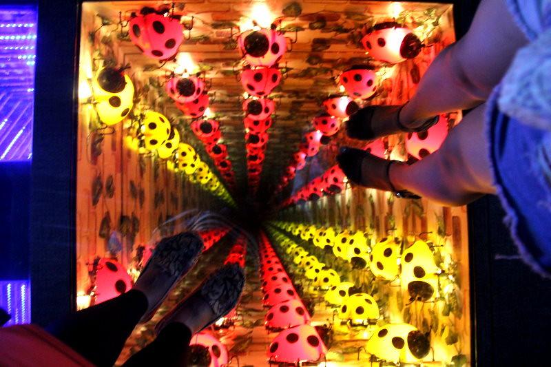 愛來魔相4D藝術館|瘋狂拍照行*附優惠卷 韓劇你為我著迷、韓綜Jessica & Krystal取景地,靠近鍾路三街、鐘閣、安國站附近 @GINA環球旅行生活|不會韓文也可以去韓國 🇹🇼