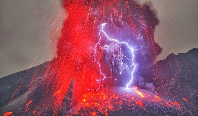 rayo volcanico