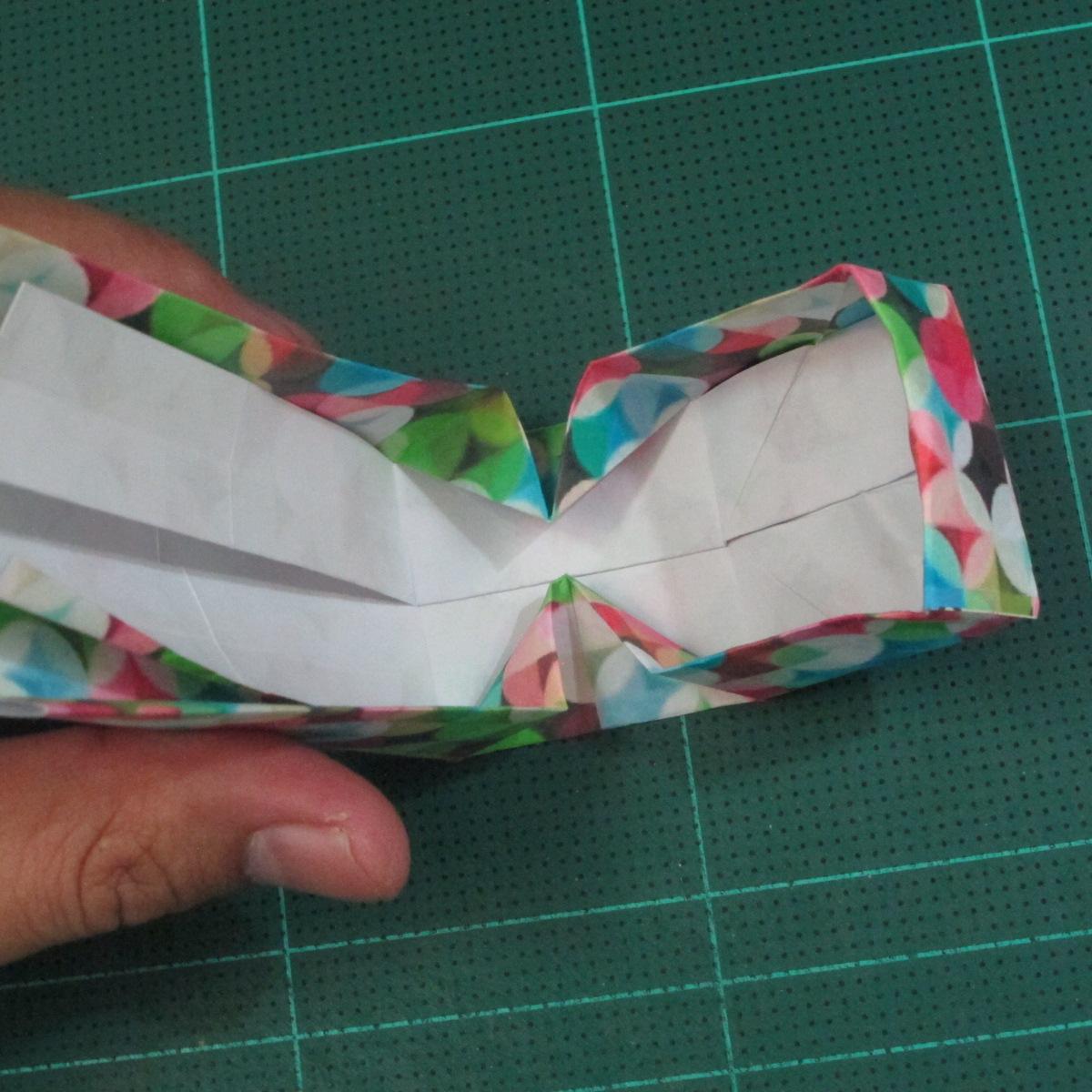 วิธีพับกล่องของขวัญแบบมีฝาปิด (Origami Present Box With Lid) 031