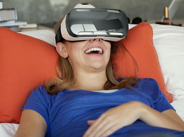 15129004195 4cfc6d57f3 z Predstavljen Samsung Gear VR na sajmu IFA 2014