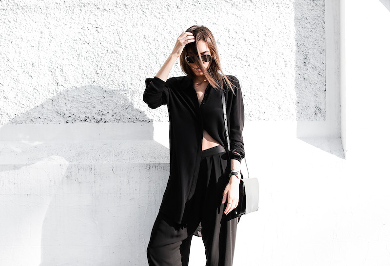 modern legacy fashion blog Australia street style all black outfit Helmut Lang oxfords Alexander Wang cross body bag slouchy pants BC oversized boyfriend shirt Ray Ban aviator sunglasses (7 of 10)