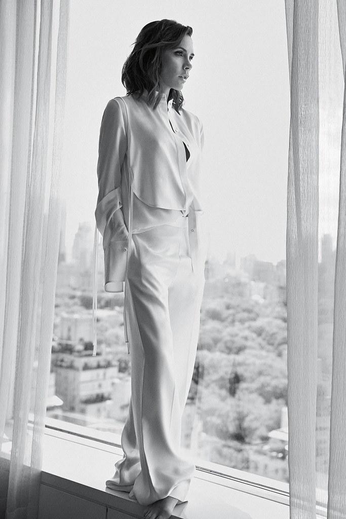 Виктория Бекхэм — Фотосессия для «Vogue» UK 2016 – 2